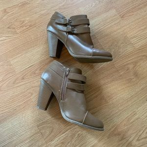 LC Lauren Conrad Brown Faux Leather Booties
